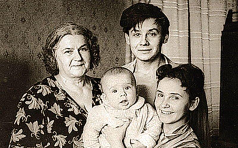 Неудачный брак актеров Александры Табаковой и Андрея Ильина