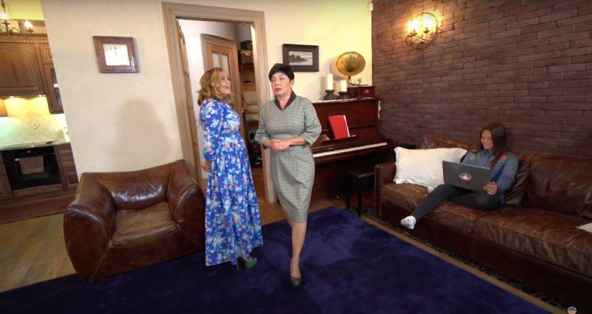 Передача «Идеальный ремонт» переделала гостиную Ирине Пеговой