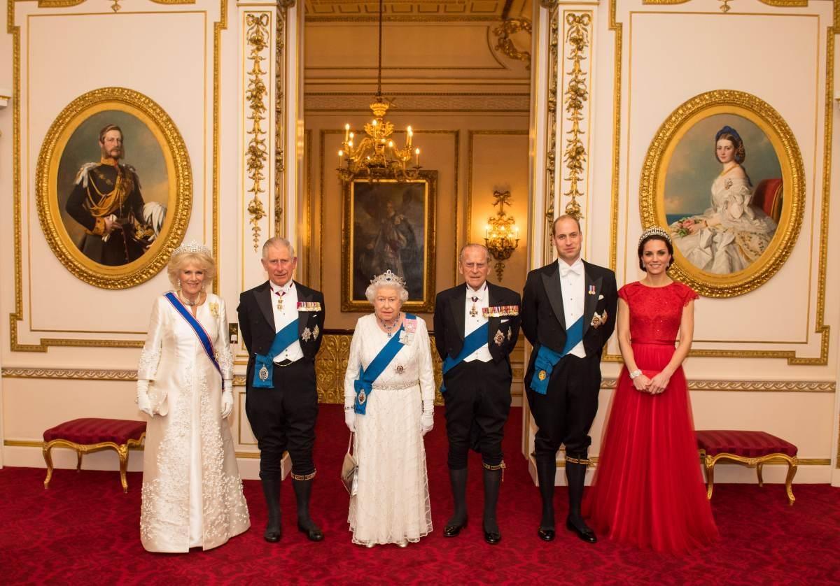 Почему принц Чарльз может так и не взойти на британский престол