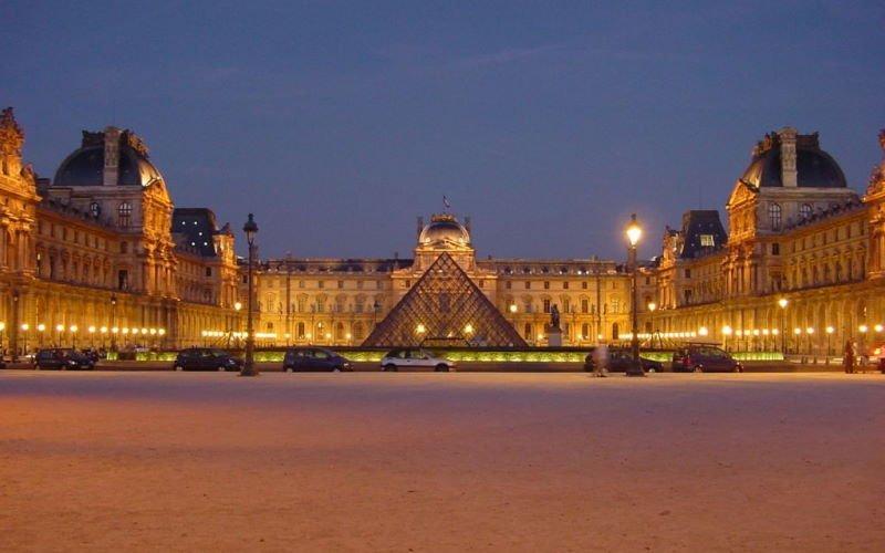 Список лучших музеев мира с онлайн-экскурсиями