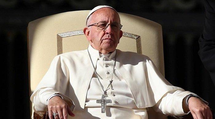 «Лучше быть атеистом, чем верующим лицемером», — заявил папа Франциск в последней проповеди