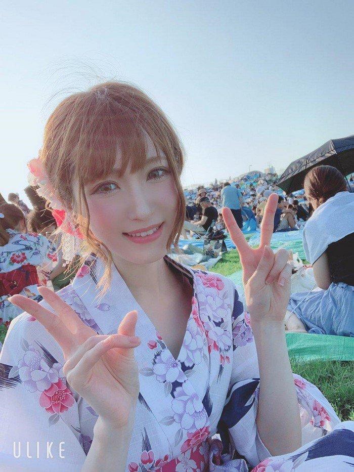 Японка, над внешностью которой все смеялись в школе, стала красавицей