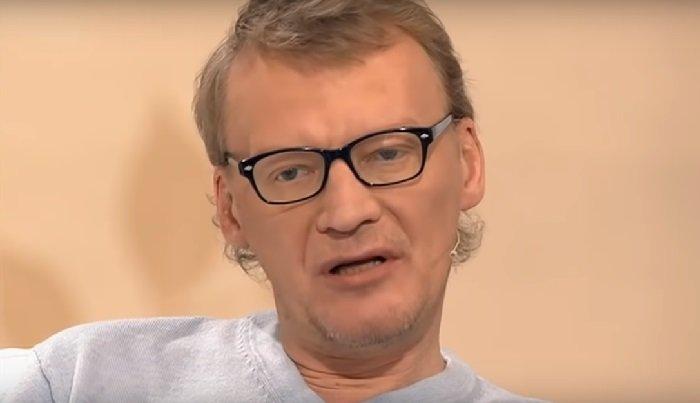 Алексей Серебряков рассказал о том, как увел будущую супругу из семьи