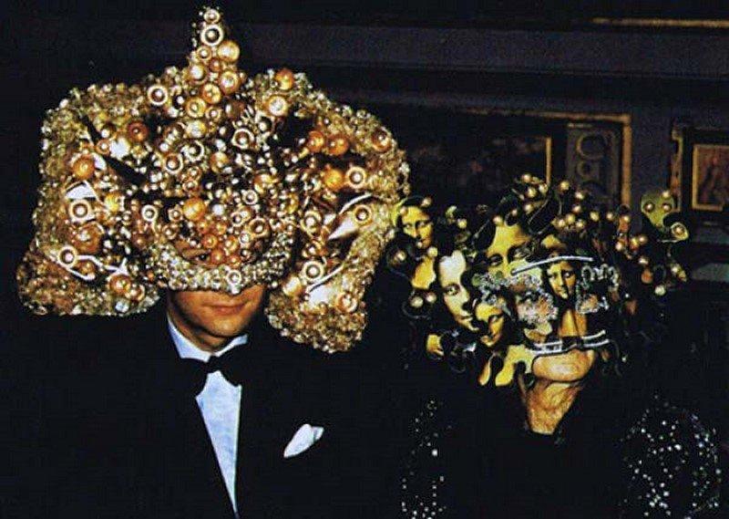 Бал Сатаны: тайная вечеринка масонов 1972 года в поместье Ротшильдов