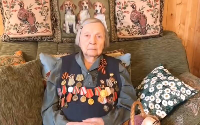 Защищавшая Сталинград Зинаида Корнева собрала медикам два миллиона рублей